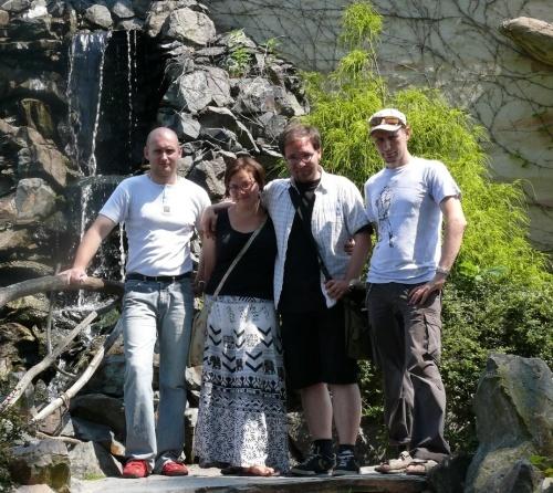 """Redakcja """"ZOOrro"""" z ekipą """"Mrówkojada"""" podczas naszej czerwcowej wizyty w Opolu (od lewej: Marcin, Natka, Wojtek, Olaf)"""