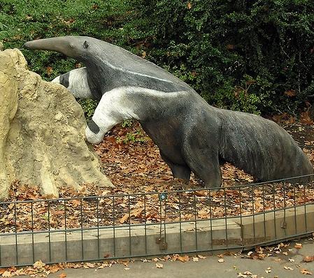 Rzeźba mrówkojada - Zoo w Dortmundzie